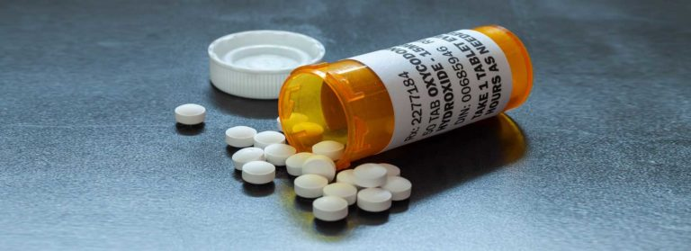 Brief Guide to Replacement Therapy During Opioid Addiction Treatment