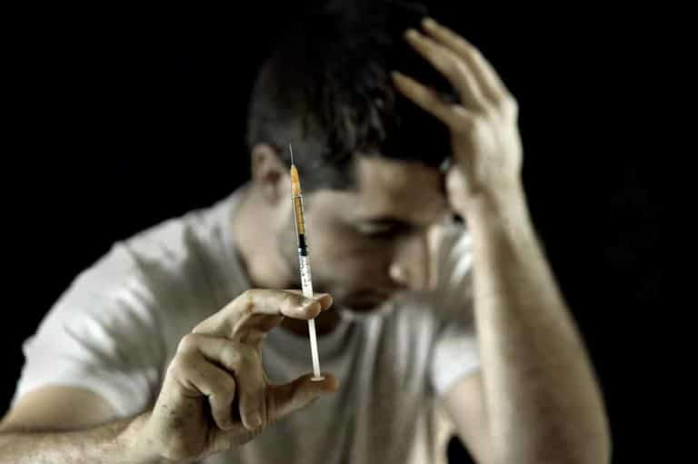 How Long Does Heroin Withdrawal Last?